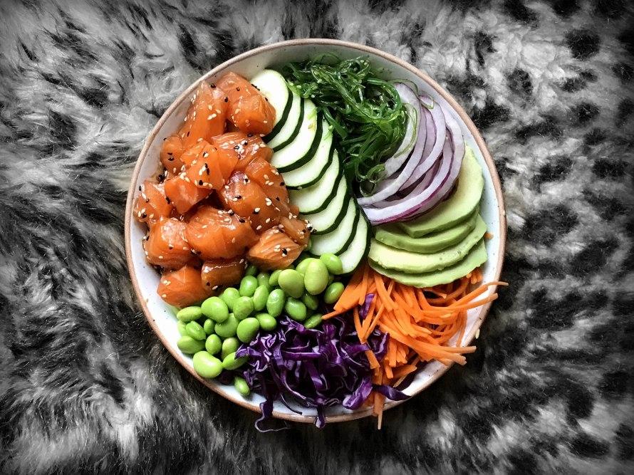 poke_bowl_salmonbananas