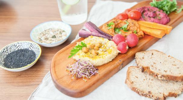 UBER EATS _ humus.jpg