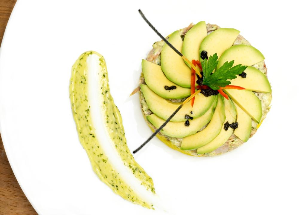 plato2-causa-limeña-con-ventresca-de-atun.jpg