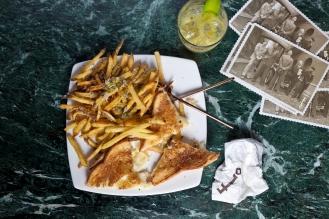 Sandwich de Queso Trufado fundido con Patatas fritas al Parmesano (2)