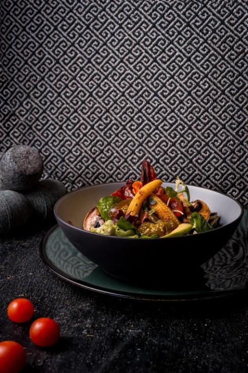 Ensalada de la huerta con aliño de chile (1) BAJA.jpg